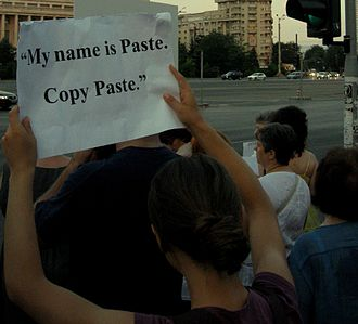 Victor Ponta - Protest against Ponta in Bucharest's Victory Square, with a sign referencing the plagiarism issue