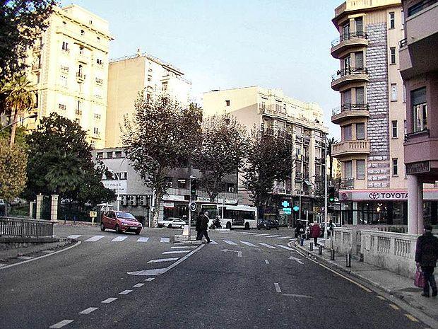 NIKAIA-desambrois013-2004.jpg
