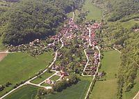 Neuengönna Luftbild Foto 2006 Wolfgang Pehlemann Wiesbaden PICT0238.jpg