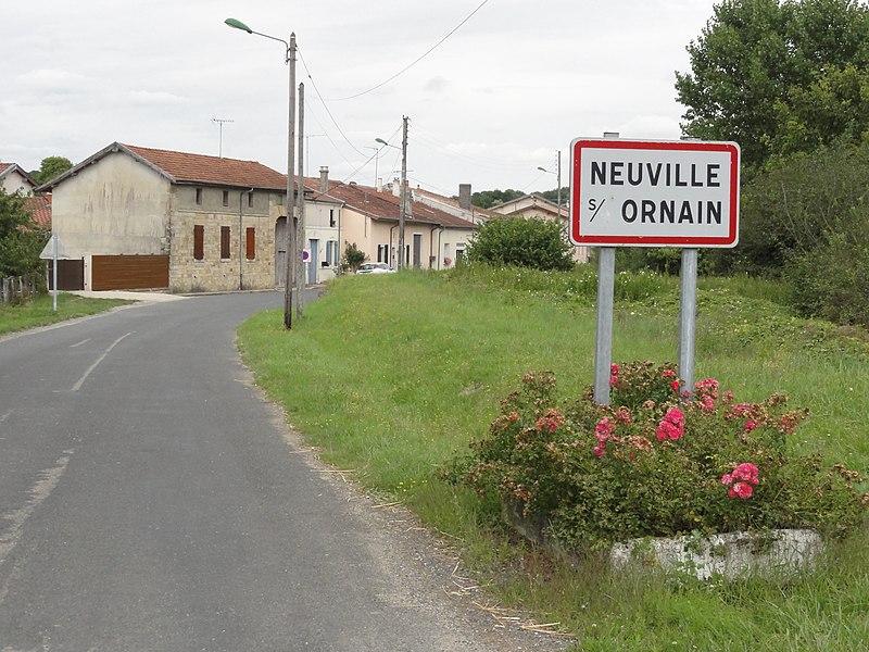 Neuville-sur-Ornain (Meuse) city limit sign