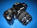 Nikon (AF) F-401.jpg