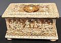 Nord italia, cofanetto con scene della mitologia romana in legno dorato e pastiglia, fine XV-inizio XVI sec. 01, collez. privata.JPG