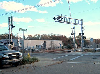 Level crossing - A railroad crossing in Abington, Massachusetts, US