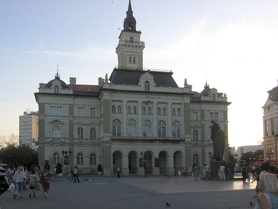 NoviSad-TrgSlobode-GradskaKuća