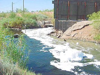 Water pollution - Raw sewage and industrial waste in the New River as it passes from Mexicali (Mexico) to Calexico, California
