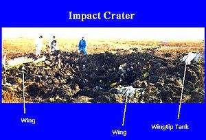 1999 South Dakota Learjet crash - The crash's crater (from NTSB presentation)