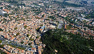 Orange, Vaucluse - Aerial view of downtown Orange