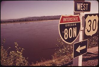 Interstate 84 (Oregon–Utah) - I-84's previous shield, as seen in Corbett, Oregon (May 1973).
