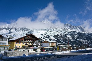 Obertauern - Obertauern is amongst the bigger skiing centres in Austria.