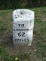 Old Milestone - geograph.org.uk - 1484796.jpg