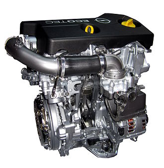 GM small gasoline engine - Image: Opel Motor B10XFT Einlass Seite Aufgeschnitten
