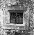 Opuščena hiša v Štanjelu, okno 1969.jpg