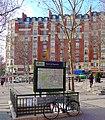P1010047 Paris XX Place E.Piaf metro porte de Bagnolet reductwk.JPG