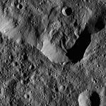 PIA20403-Ceres-DwarfPlanet-Dawn-4thMapOrbit-LAMO-image48-20160125.jpg