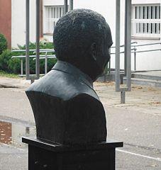 Popiersie René Goscinny'ego w Warszawie