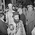 Paasviering Patriarch en priesters in de Heilige Graf kerk, Bestanddeelnr 255-5245.jpg