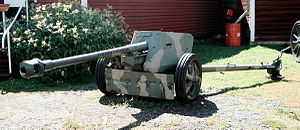 7.5 cm Pak 40 - A Pak 40 75 mm anti-tank gun, displayed in Parola Tank Museum, Finland