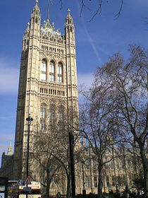Palace westminster tower complete.jpg