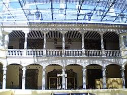 PROPUESTAS DE RULADA DE LA COMUNIDAD DE MADRID - DOMINGO 8 DE MARZO 250px-Palacio_de_El_Pardo_patio
