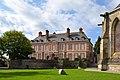 Palais épiscopal de Coutances.jpg