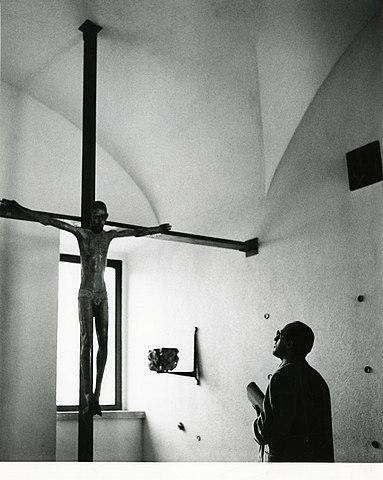 File paolo monti servizio fotografico milano 1956 for Materiale fotografico milano