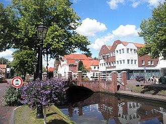 Papenburg - Image: Papenburg Hauptkanal k
