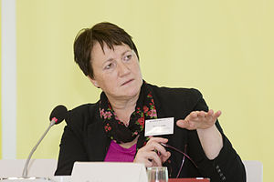 Patricia Lewis (physicist) - Patricia Lewis 2013 at Heinrich-Böll-Stiftung in Berlin