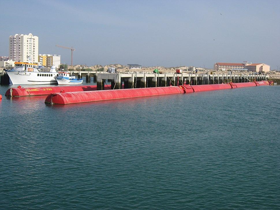 Pelamis Wellenkraftwerk Portugal 1