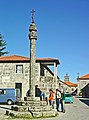 Pelourinho da Lapa - Portugal (3987074953).jpg