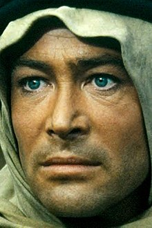 L'actor irlandés Peter O'Toole en 1962 en a cinta Lawrence of Arabia.
