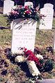 Pierre Teilhard de Chardin (tombe).jpg