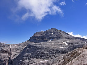 Piz Boè from forcella Pordoi.jpg