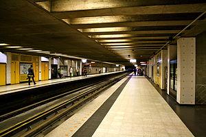 Place-d'Armes station - Image: Place D'Armes 2011