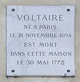 Plaque Voltaire, 27 quai Voltaire, Paris 7 (2).jpg