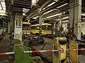 Plzeň, Vozovna Cukrovarská, práce na tramvajích.JPG