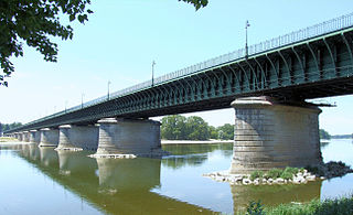 Pont Canal de Briare (Loiret) 320px-Pont-canal_de_Briare_-3