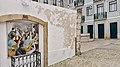 Porta de Alfama (47372764512).jpg