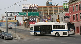 Bx15 (New York City bus) - A non-articulated Bx15 entering the Third Avenue Bridge towards upper Manhattan.