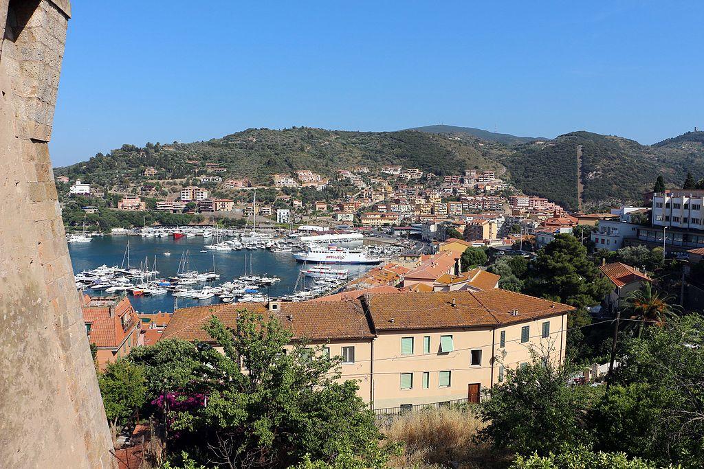 Porto Santo Stefano, veduta dalla Fortezza Spagnola
