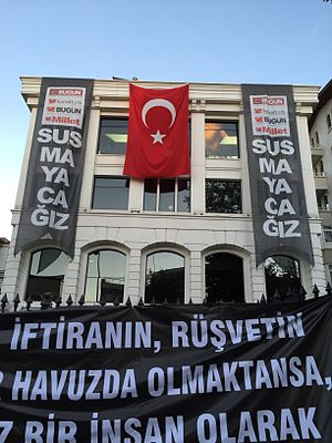 Controversies during the Turkish general election, November 2015 - Protest banners at the headquarters of raided media company Koza İpek