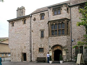 Plymouth - Prysten House, Finewell Street, 1498, is the oldest surviving house in Plymouth, and built from local Plymouth Limestone and Dartmoor granite