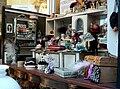 Puppenkaufladen Hutgeschäft.jpg