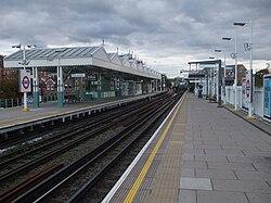 Putney Bridge (stanice metra v Londýně)