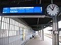 RE 1 verspätet, Gl 1, Bahnhof Köln-Mülheim, 01.03. 2014, 12-53. - panoramio.jpg