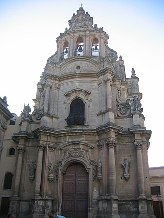 Sicilian Baroque - Illustration 3: A Sicilian belfry crowns Rosario Gagliardi's Church of San Giuseppe in Ragusa Ibla