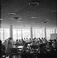 Rehovot Weizmann Institute interieur van het restaurant, Bestanddeelnr 255-3887.jpg