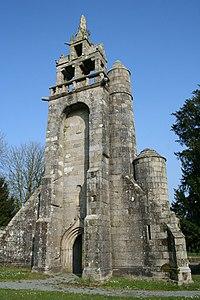 Restes de l'église de Botmel 3 - Callac - Côtes d'Armor - France.jpg