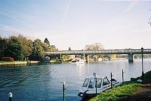 Wycombe Railway - River Thames - Bourne End railway bridge