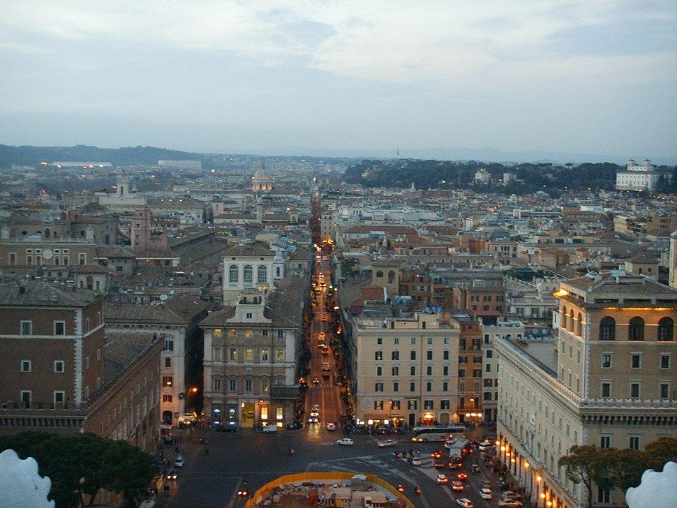 Roma, vista 04 via del corso