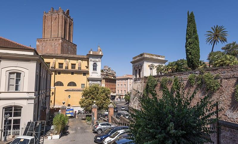 File:Roma Angelicum03.jpg